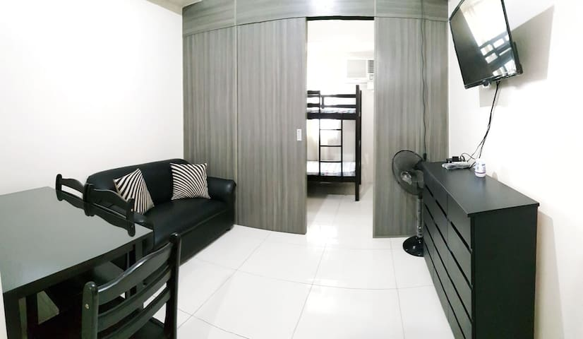 Homey and convenient 1BR at the heart of Taft