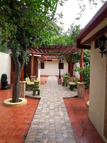 Beautiful Home in the Heart of Leon