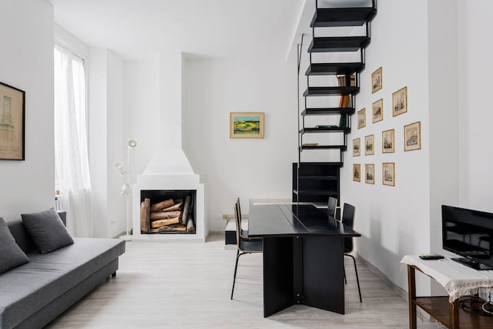 Cozy and bright Milanese 1 bedroom apt