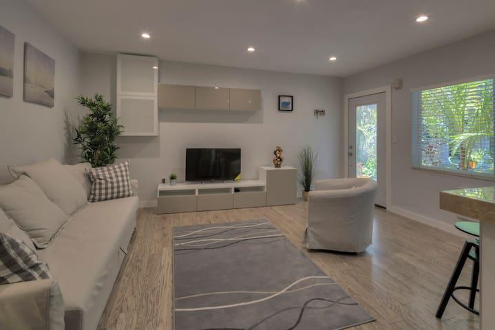 Cousy-Refined Apartment in South Beach - Miami Beach - Apartmen