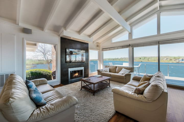 KING/TRIPLE ROOM 2: IDYLLIC MONTAUK LAKEHOUSE