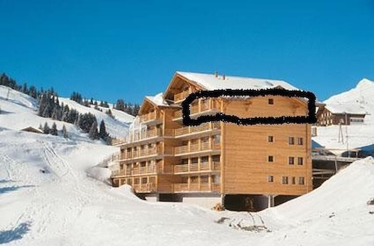 Sundance 14, huge 125sqm ski in ski out apartment - Val-d'Illiez - Apartment
