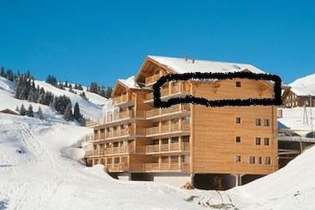 Sundance 14, huge 125sqm ski in ski out apartment - Val-d'Illiez - Byt