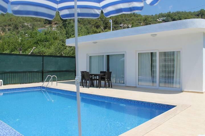 541-Kalkan'da 3 odalı Özel Havuzlu Yazlık Villa - Kaş - Vila
