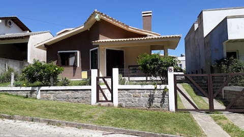Casa em Bairro Panorâmico de  Alto Padrão!
