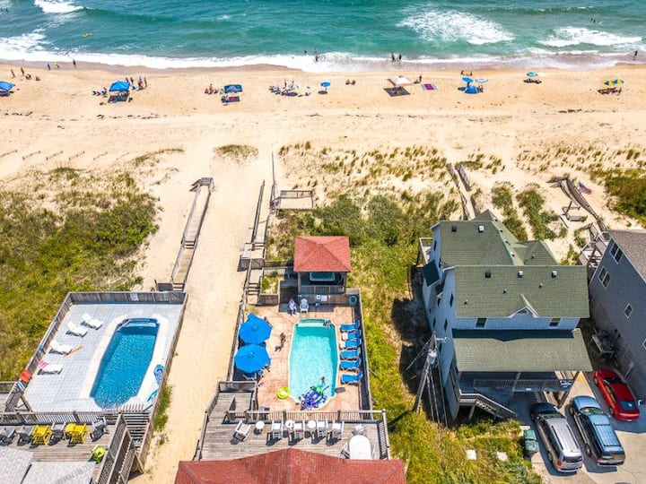 7005 OBX Attitude * Oceanfront * Pool & Hot Tub