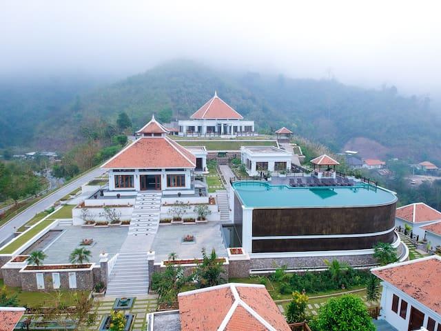Le Grand Pakbeng (Mountain Villa Room)