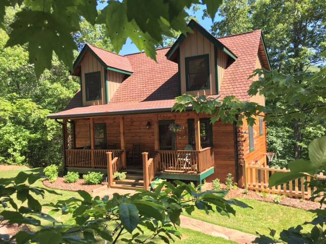 Firefly Lodge - the entire 1,300 sq. ft. cabin is yours to call home.