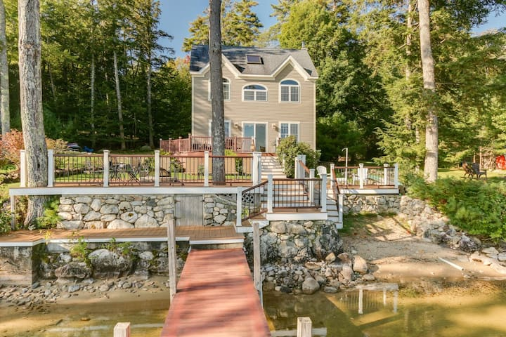 Fantastic waterfront Lake Winnipesaukee home with boat dock and sandy beach