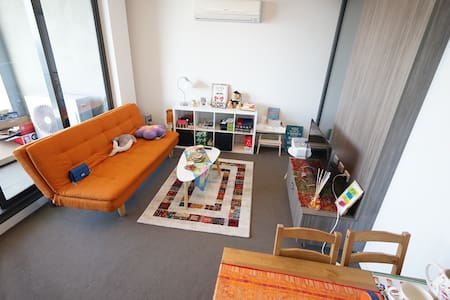 Stylish apartment opposite Southern Cross Station - Melbourne