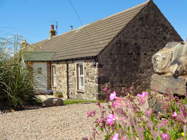 Charlies Cottage (UK5252)