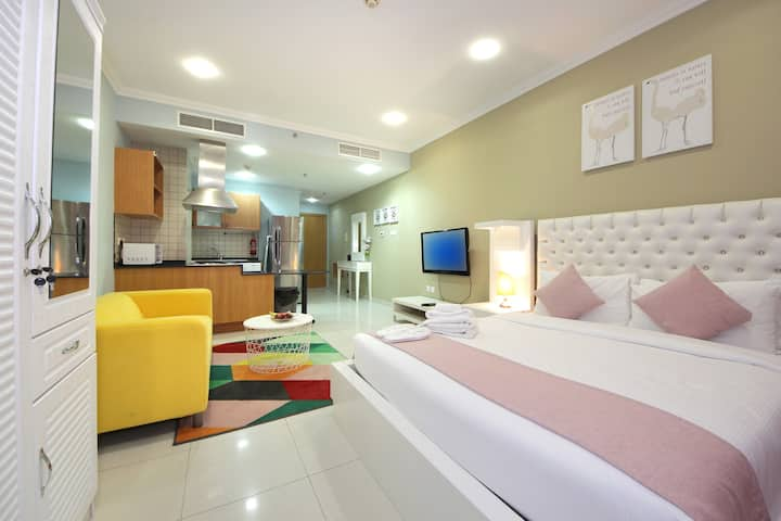 Stunning Studio at Spring Tower Silicon Oasis