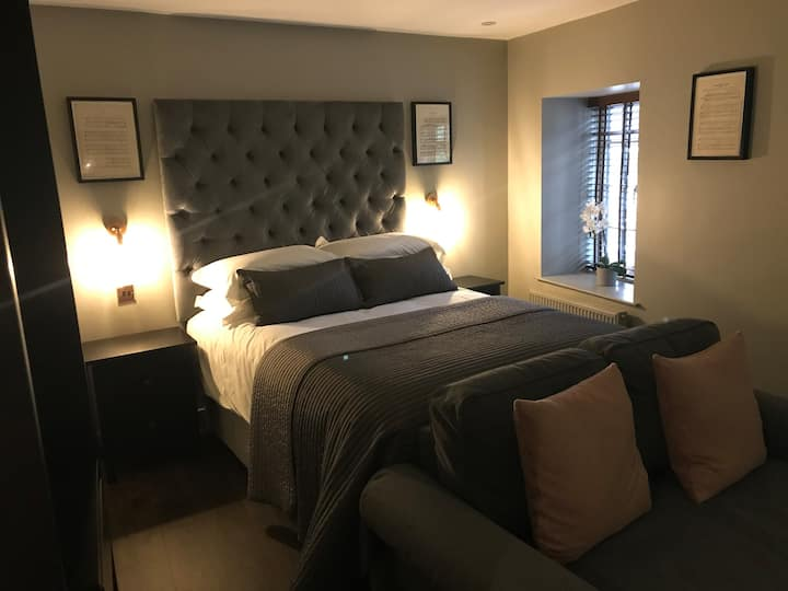 The Old Bank Luxury Serviced Apartments, Dronfield