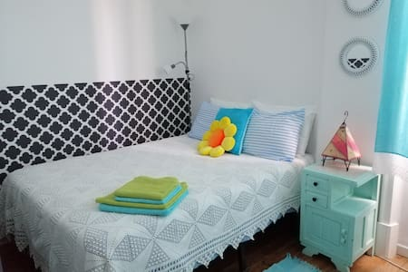 (3)Ensuite bedroom with AC&Heating in Hist Center