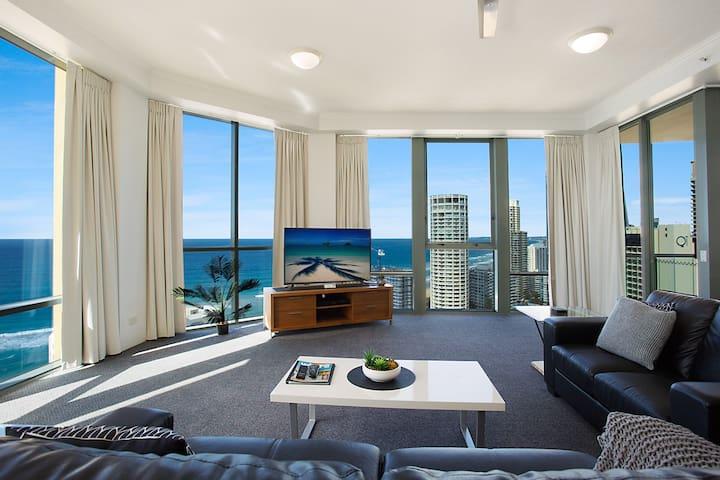 Sun City 25th Floor Large 2 Brm Apt