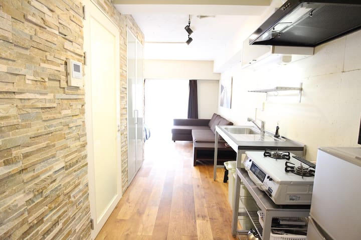 Newly Renovated Apartment only 4 min to SHIBUYA