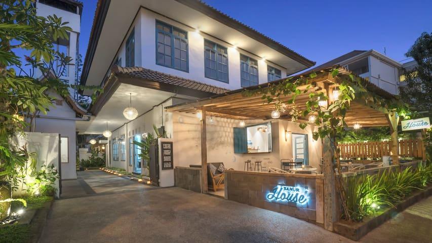 Friedliches Paradies in Sanur, Bali