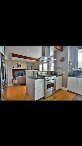 Super sunny appartement near of everything - Montréal - Apartment