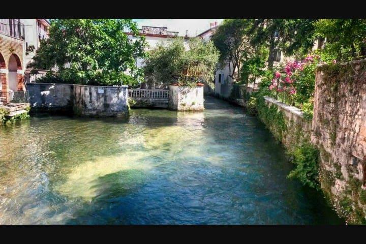 """Little Sweet Home"" in Verona"