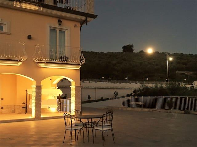 Viila Marchesa - Gardenia Room - Castelnuovo Cilento - Aamiaismajoitus