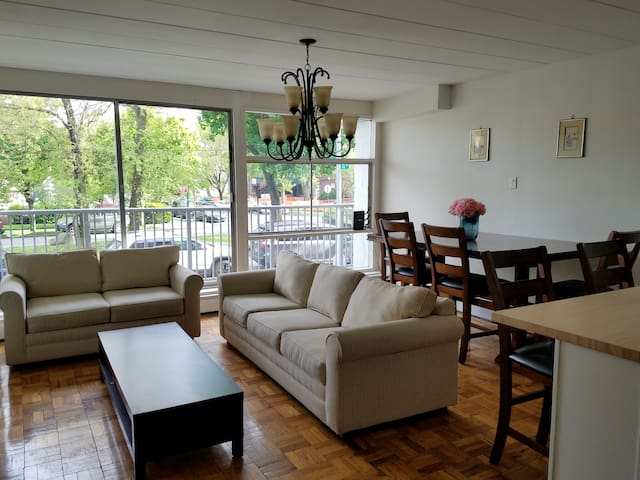 Sunny Large 1BR w/balcony