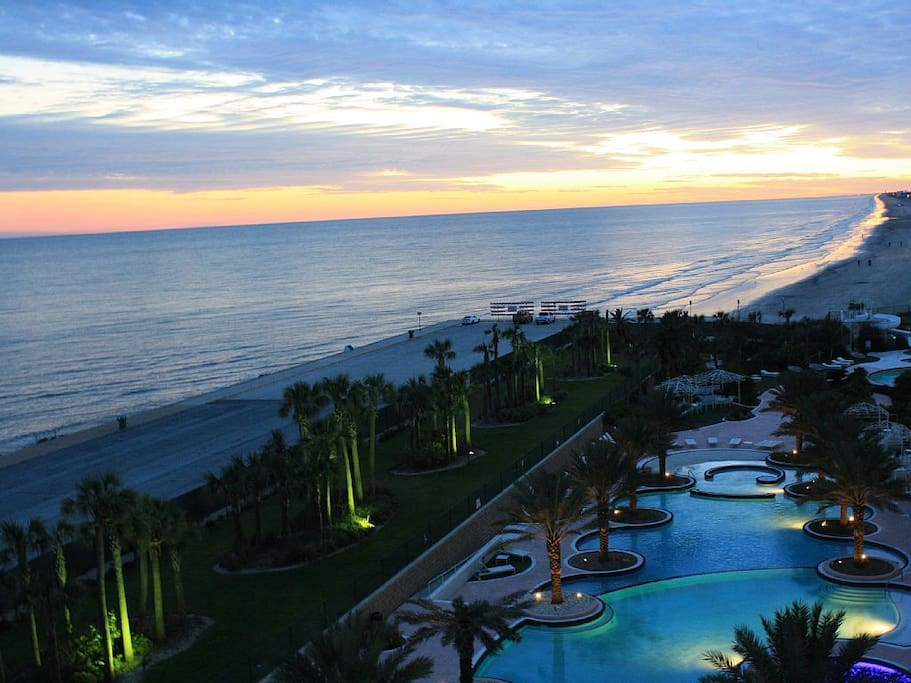 Enjoy stunning sunset views from your private balcony overlooking the Gulf of Mexico!