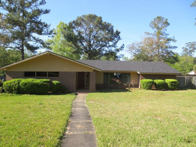 Great house in Central location - Valdosta - Hus