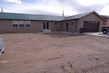 Great home in central Alamosa