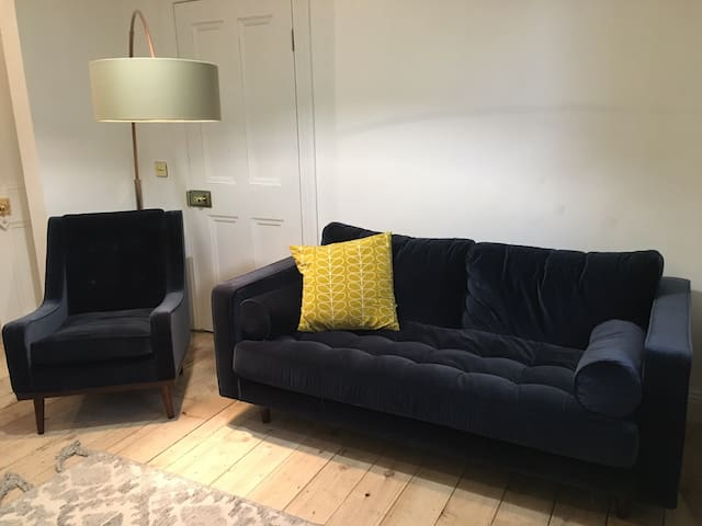 Double bedroom in renovated house close to city