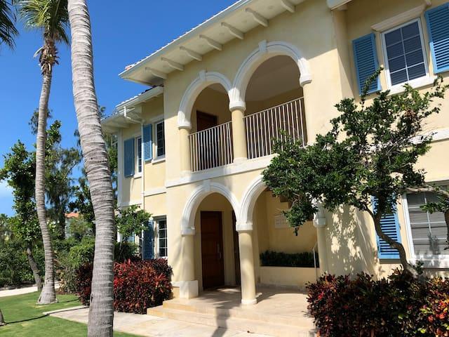 Villa Renaissance 504 Paradise for Couples/Family