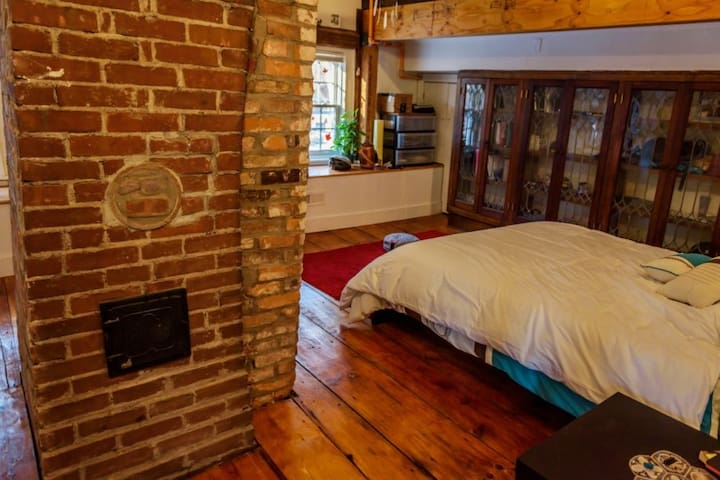 Brick Loft in Newly Renovated Historic Home