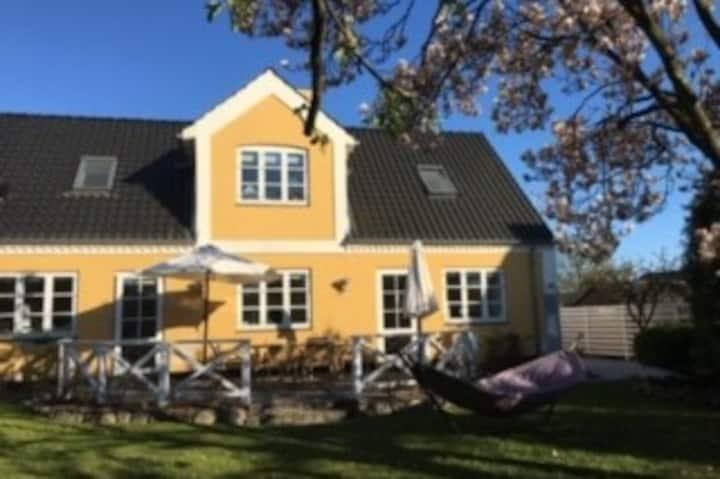 Family-friendly house close to Copenhagen