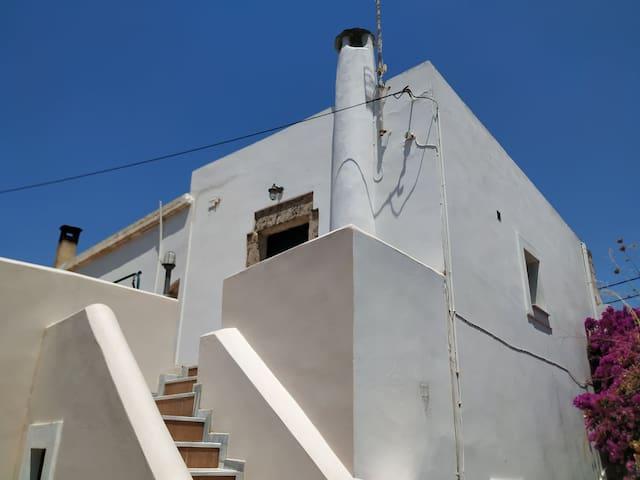 Κατοικία-Διαμέρισμα/Home-Apartment on Kythira Isl.