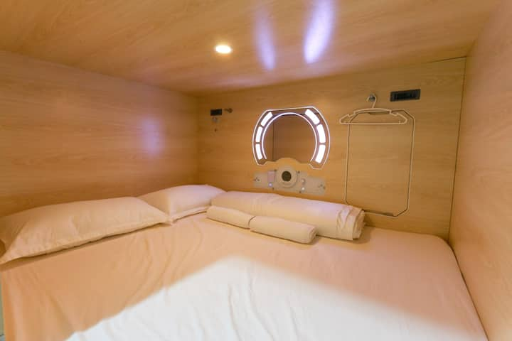 Setia Alam Capsule Hotel- Queen Bed 2 Person