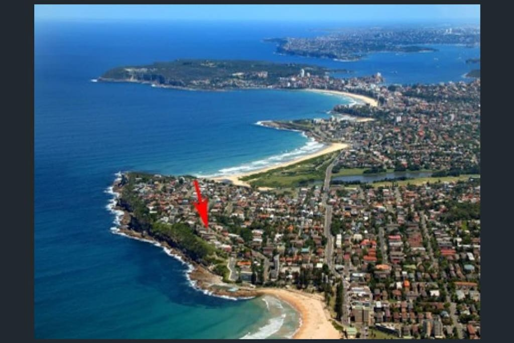 Fantastic location - short stroll from Dee Why Strand