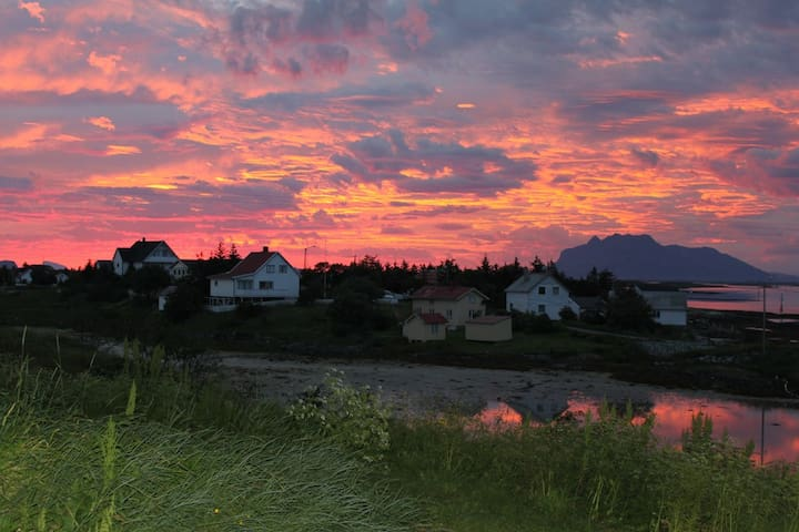 Fritidshus til leie på Husvær i Herøy, Helgeland
