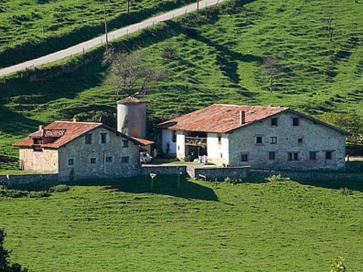 Casa rural 8 plazas en finca ganadera