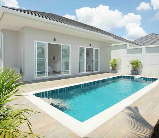 505/2 Private Pool Villa Resort Style