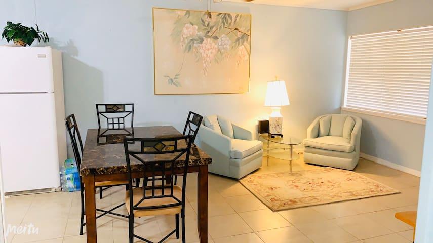 Cozy iving room