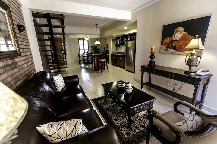 2 Bedroom Apartment - Altos de Fontana