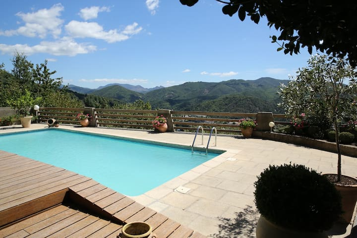 Chambres d'hôtes avec piscine en Cévennes - Le Vigan - Konukevi