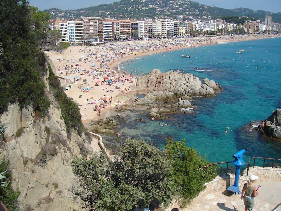 Lloret beach