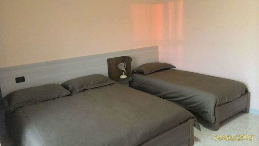 Tripla Bed & Breakfast Pilarossa