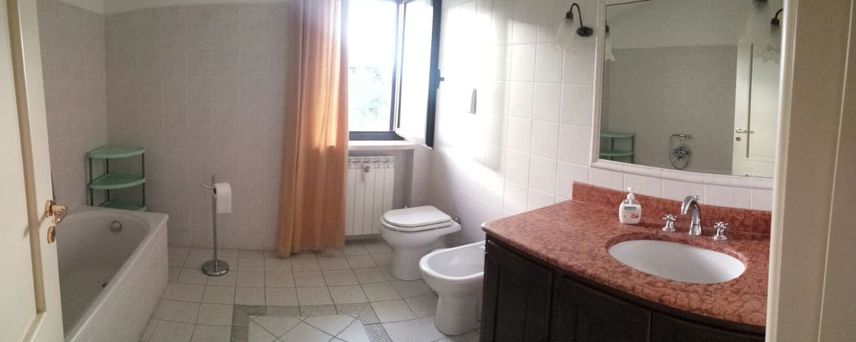 Fantastiche stanze indipendenti a1 minuto dal mare - Belvedere Marittimo - Rumah