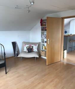 Studio/Apartment Nähe Erlangen & Herzogenaurach