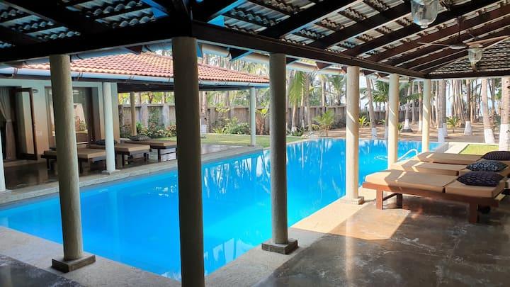 Harman House.. Balinese Themed Villa on the Beach