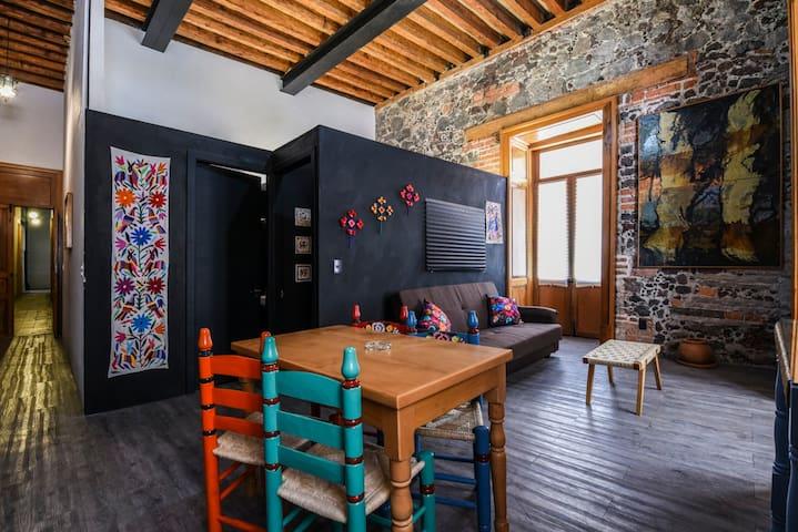 Mexican Artcraft. Balcony flat. - Ejido del Centro - Apto. en complejo residencial