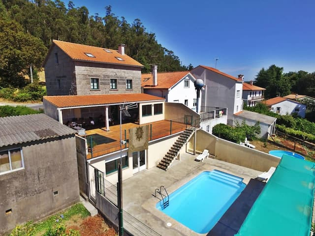 House family-friendly with pool - A Coruña - Huis