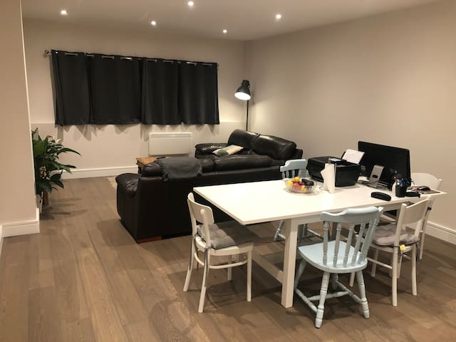 Stunning brand new, whole 2 bed flat
