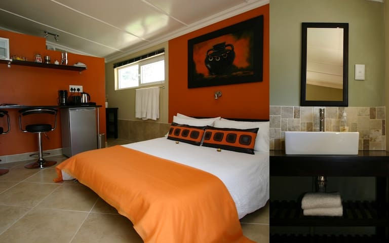 Double Room - Beaufort West - Apartment